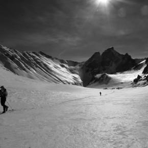 Autour de la pointe des Cerces en ski.