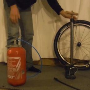 Tuto : gonfler un tubeless sans compresseur